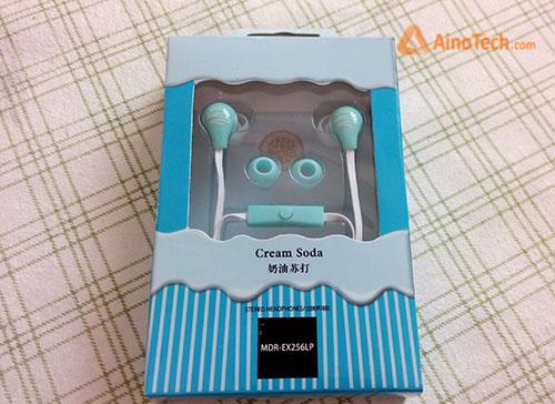 Упаковка наушников Sony Li Blue Cream Soda MDX-EX256LP