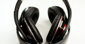 Beats Studio Wireless by Dr. Dre